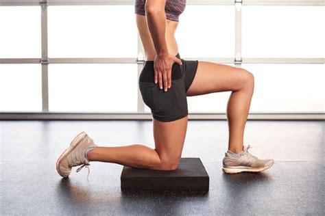 kneeling hip flexor and hamstring stretches for lower