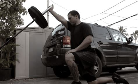kneeling hip flexor stretch muscles around scapula lateral border