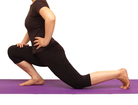 kneeling hip flexors stretch exercises before workout
