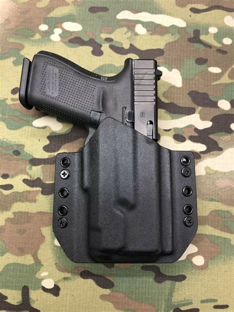 Glock-19 Kydex Owb Holster For Glock 19 With Aplc.