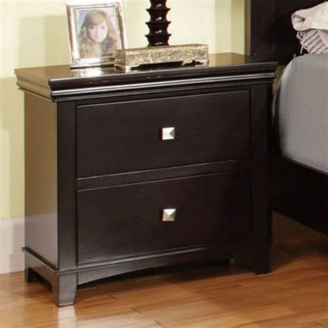 Landenberg 2 Drawer Nightstand