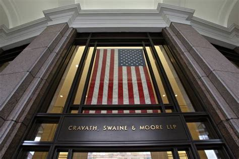 Corporate Lawyer Starting Salary In India Law Firm Cravath Raising Starting Salaries To 180000 Wsj