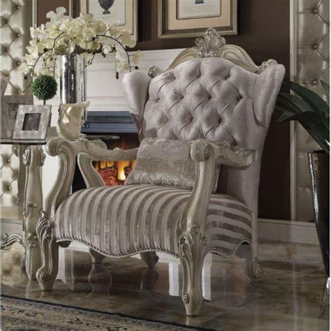 Leday Club Chair