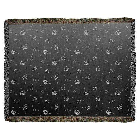 Leffel Seashell Woven Cotton Blanke by
