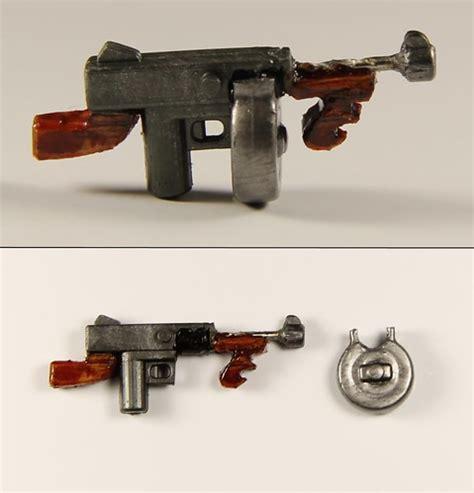 Tommy-Gun Lego Mini Tommy Gun.