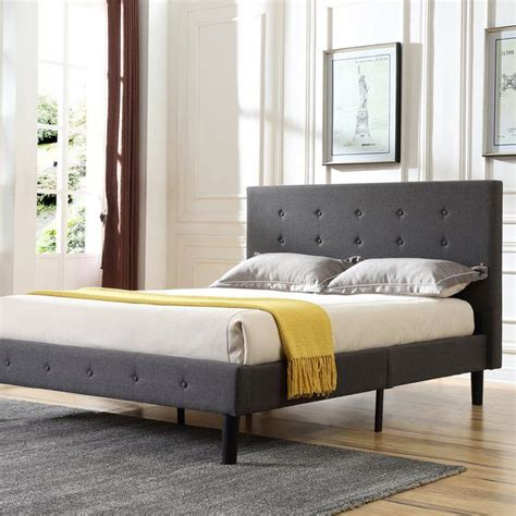 Lind Upholstered Platform Bed byEbern Designs