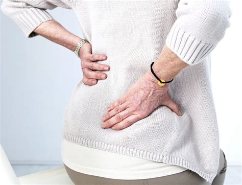 lower back pain cancer woman