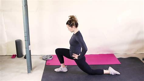 lunging hip flexor stretches