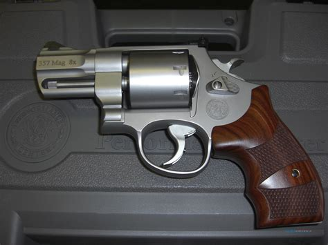 Smith-And-Wesson M627 Smith Wesson.