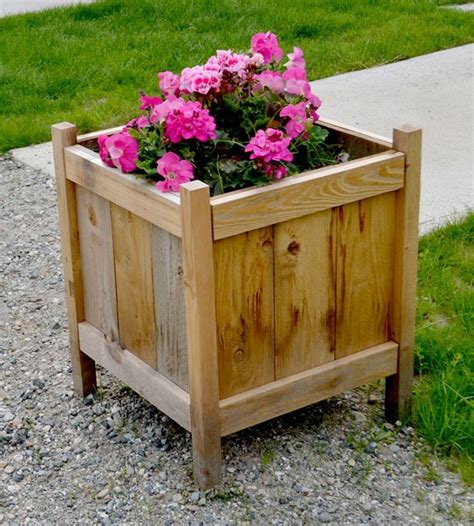 Make Your Own Wooden Planter