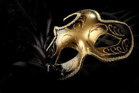 Read Books Masquerade Online