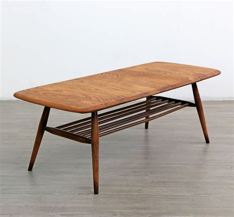 Mauris Coffee Table with Magazine Rack