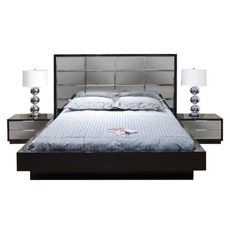 Mera Platform Bed bySharelle Furnishings