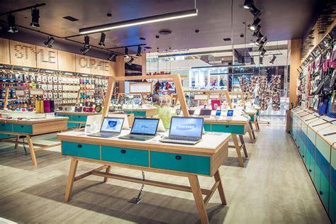 Mobile Shop Furniture Design