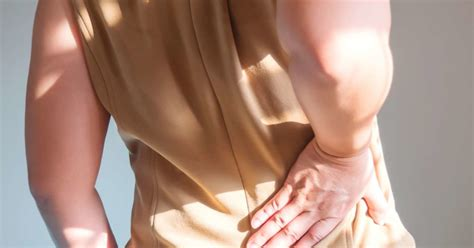 muscle pain in right side of body