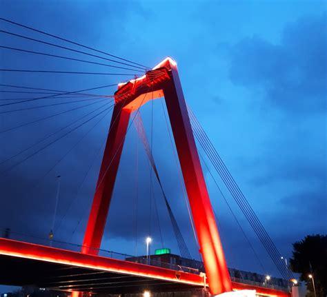 Nieuwe Verlichting Willemsbrug