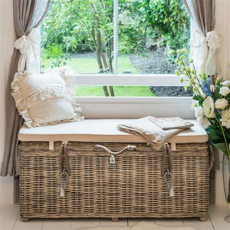 Orava Wicker Storage Bench
