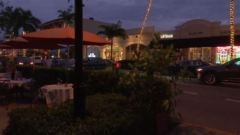 outdoor seating requirements