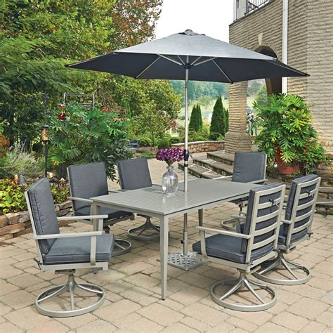 outdoor table and chairs for 6
