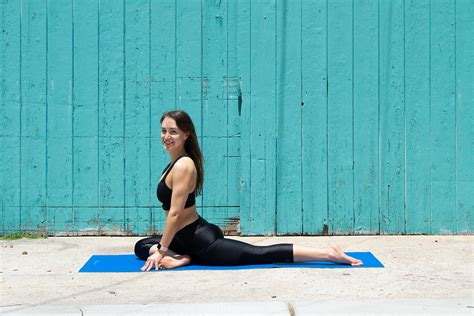 outer hip stretch yoga pose