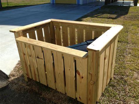 Outside Trash Can Holder