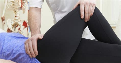 pain in hip and groin when walking