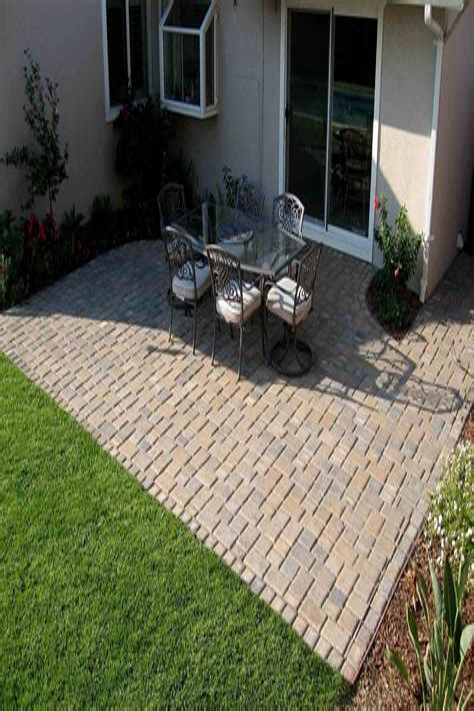 patio pavers cost design decorating - Garden Design Long Narrow Plot