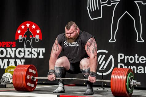 picture of someone with hip flexor issues deadlift world record