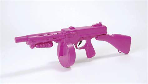 Tommy-Gun Pink Tommy Gun.
