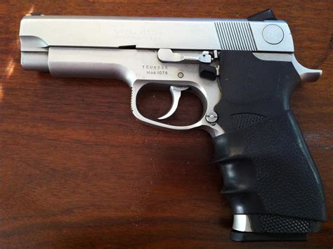 Smith-And-Wesson Pistol Smith Wesson 10 Mm.