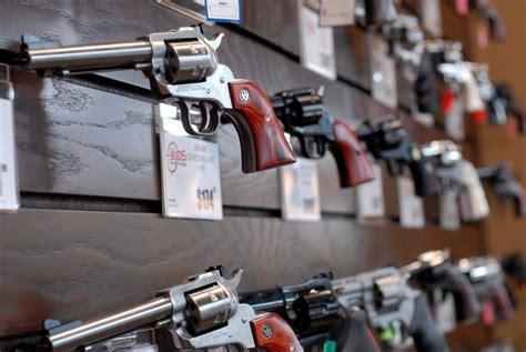 Buds-Guns Pistols At Buds Gun Shop.