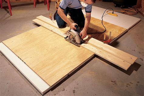 Plywood Cutting Saw