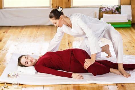 pnf partner hip flexor stretches yoga for lower