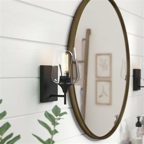 Rainier 1-Light Armed Sconce