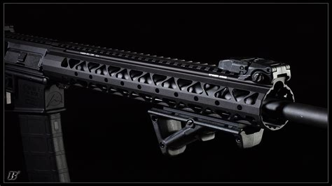 Rainier-Arms Rainier Arms Evolution Handguard.