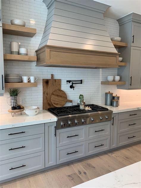 Range Hood Cabinet Design