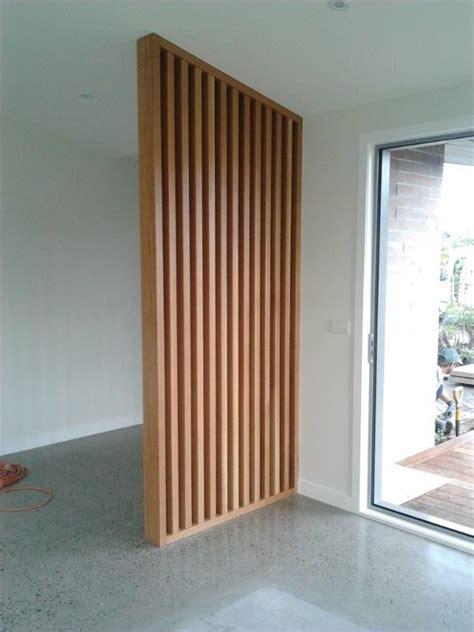 Raumteiler Holzstäbe