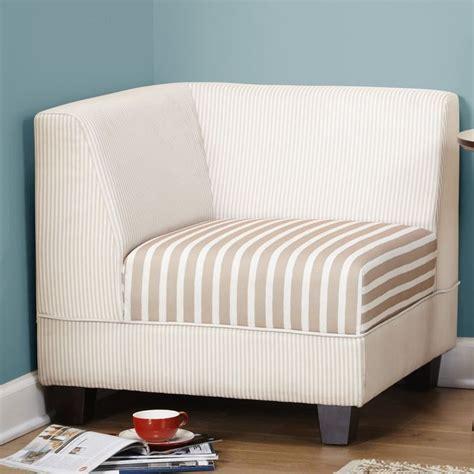 Rayna Corner Chair
