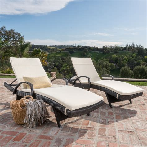 Rebello Adjustable Wicker Chaise Lounge (Set of 2)