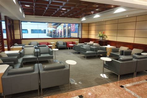 Credit Card Access To Admirals Club Review American Admirals Club Mexico City Airport One