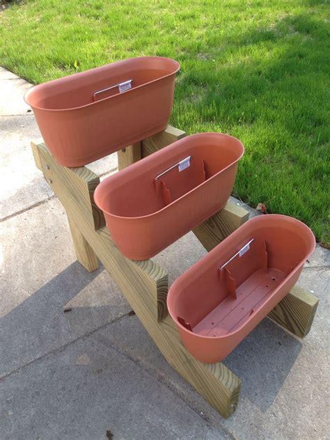Riser Pedestal Plant Stand