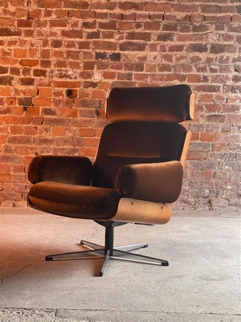 Rogers Lounge Chair