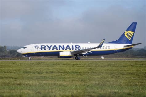 Ryanair Credit Card Bonus Flights Milesfeed All Your Frequent Flyer Miles And Points News