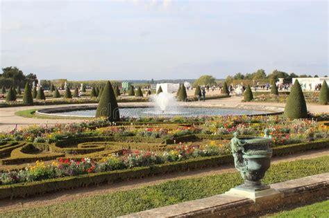 Schöner Garten Paris