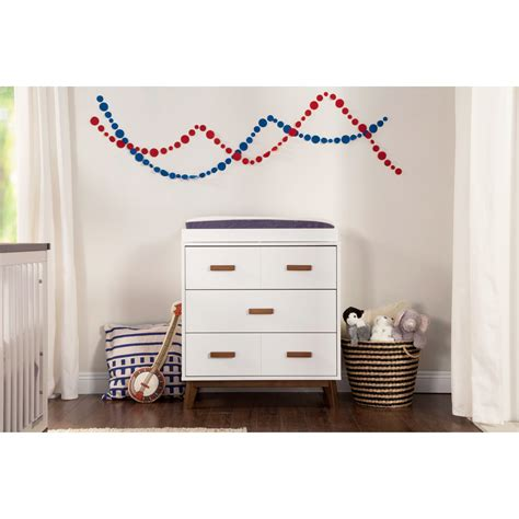 Scoot 3 Drawer Changing Dresser bybabyetto
