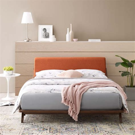 Serpens Upholstered Platform Bed by Latitude Run