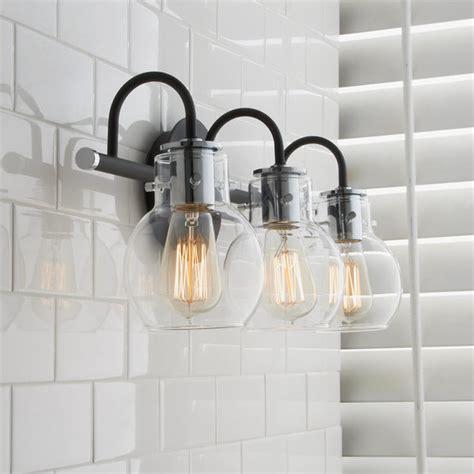 Shalyn 1-Light Glass Shade Bath Bar