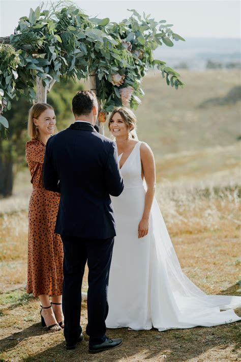 Commercial Lawyer Canberra Shannon Oheir Canberra Marriage Celebrant