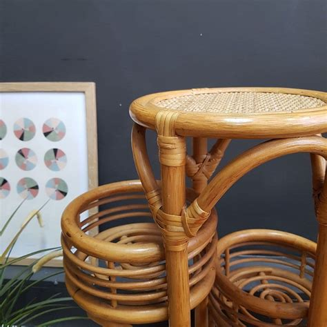 Shawn Pedestal Plant Stand