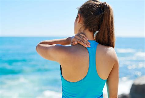 shoulder pain symptoms and treatment